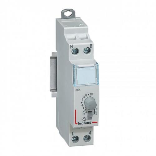 LEGRAND - Стълбищен автомат 16А 230V 0.5s-10min 412602
