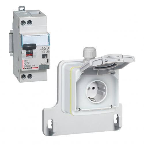 LEGRAND - 090470 Заряден контакт комплект с ДТЗ 3,2 KW IP55