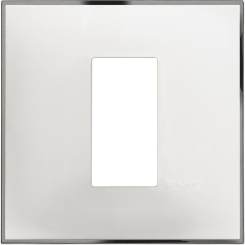 BTICINO - R4801WR Рамка 1М немски стандарт бяло с хром Classia