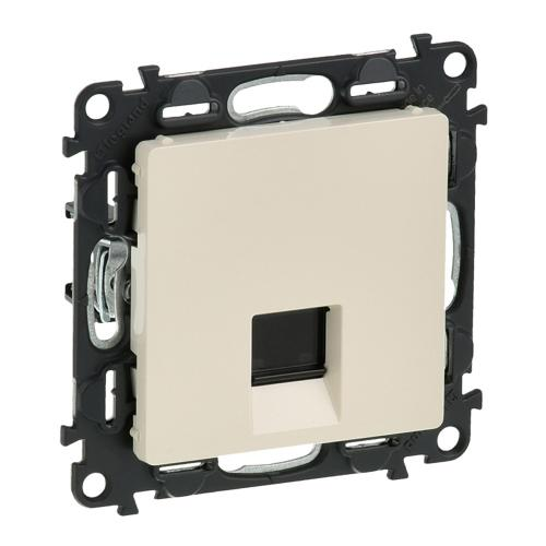 LEGRAND - 7 532 42 RJ 45 socket Valena Life - category 6 UTP - with cover plate - ivory