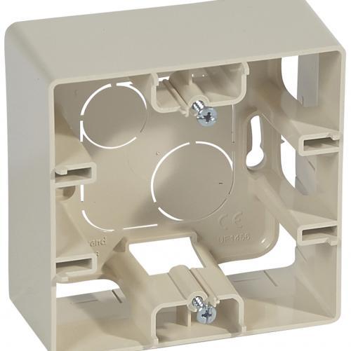 LEGRAND - 664898 Кутия открит монтаж крем IP21