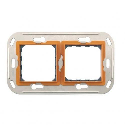 BTICINO - H4732.2 Носеща рамка 2 модула с крачета