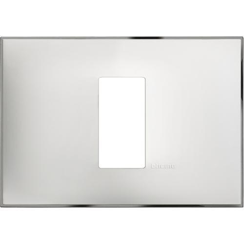 BTICINO - R4803M1WR Рамка 1М италиански стандарт бяло с хром Classia