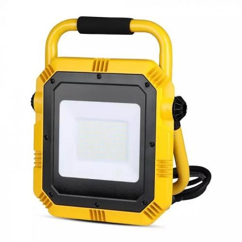 V-TAC PRO - 50W LED Прожектор SAMSUNG Чип Стойка 4000K IP65 SKU: 945 и 6000K SKU: 946 VT-51